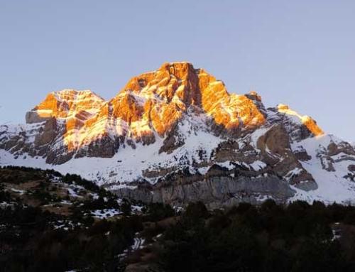 PYRENEES: Peña Telera Best Winter Climbs